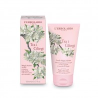 Cherry Blossom - Tra i Ciliegi - MagicAction Exfoliating Body Oil-Gel with Cherry kernel micro-granules